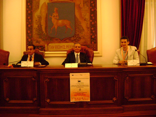 Presidente del Consiglio Comunale Antonio D´Aveni (al centro)